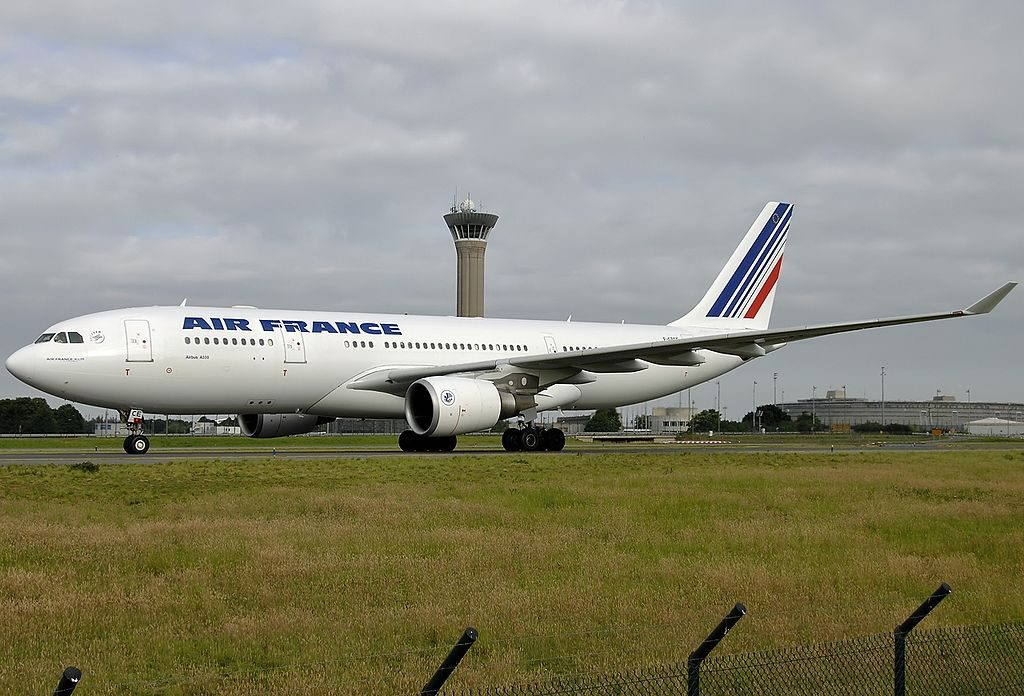 F GZCE Airbus A330 203 Air France at Paris Roissy Charles de Gaulle LFPG