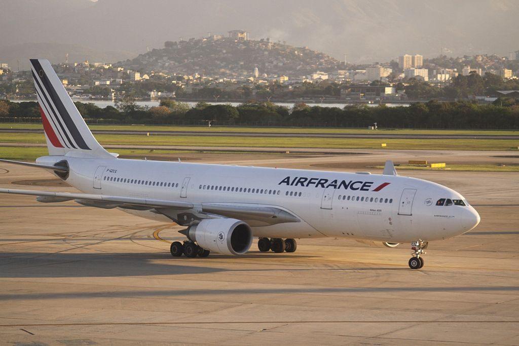 F GZCG Airbus A330 200 of Air France at Rio de Janeiro Galeão Antônio Carlos Jobim International Airport