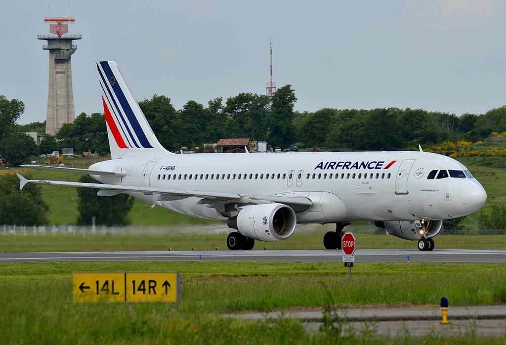 F HBNB Airbus A320 of Air France at Toulouse Blagnac International Airport