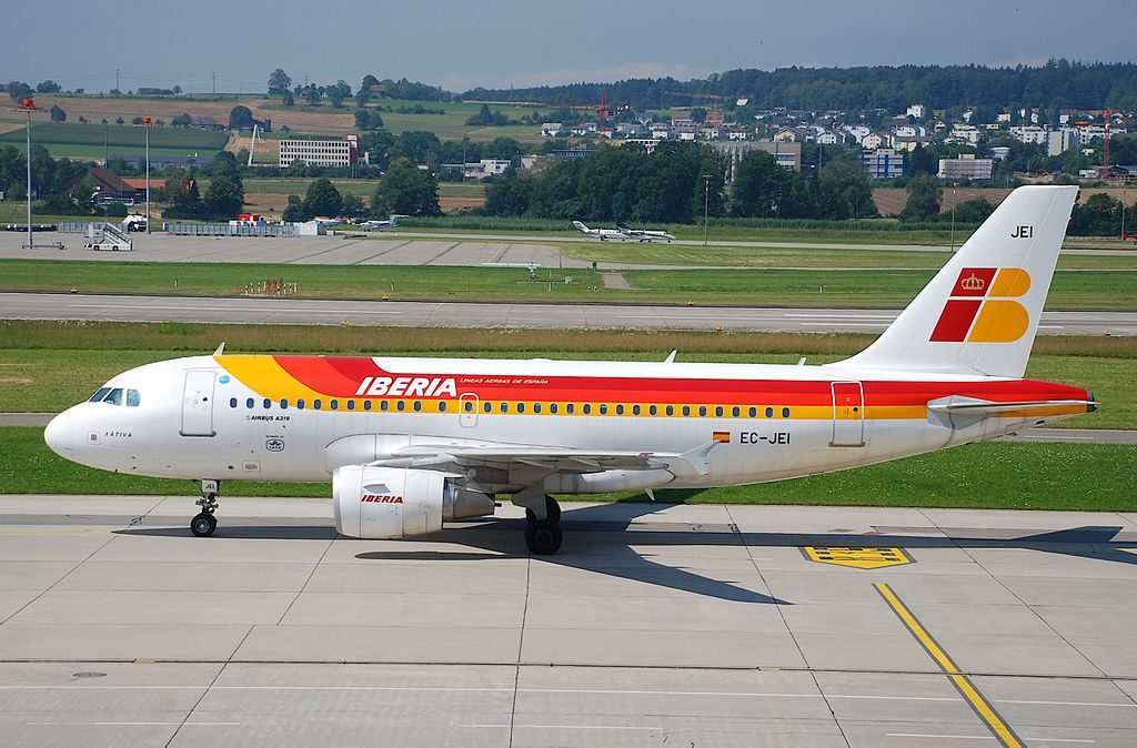 Iberia Airbus A319 111 EC JEI Horacio Echevarrieta at Zurich International Airport ZRH