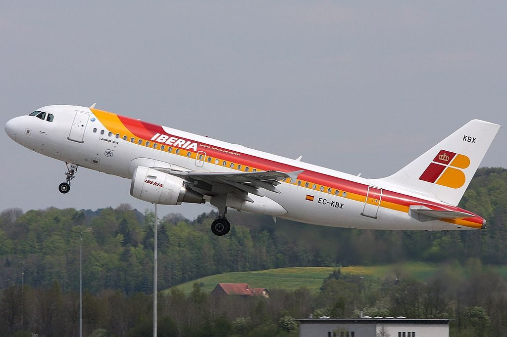 Iberia Airbus A319 111 EC KBX Oso Pardo at Zurich International Airport