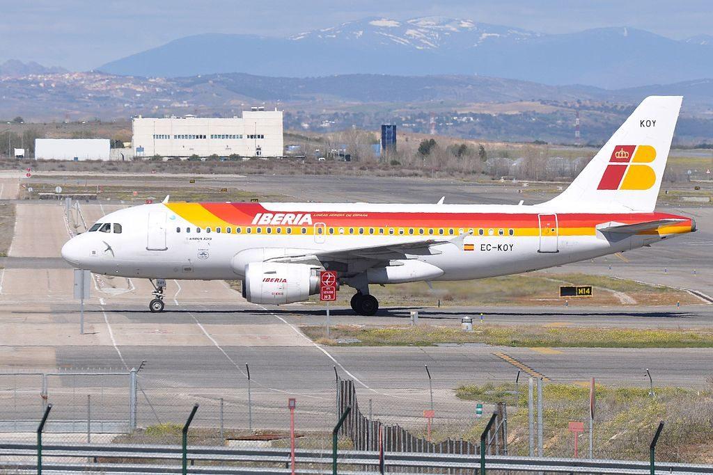 Iberia Airbus A319 111 EC KOY Vencejo at Madrid Barajas Airport MAD