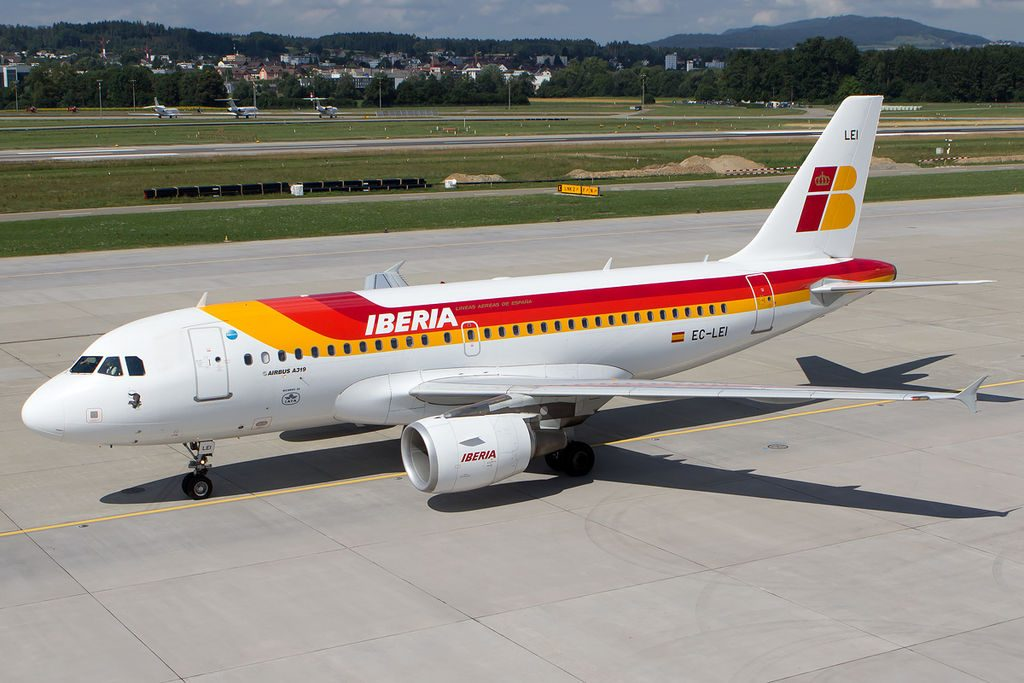 Iberia Airbus A319 111 EC LEI Visón Europeo at Zurich International Airport
