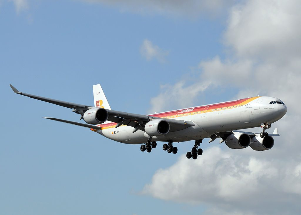 Iberia EC JCY Airbus A340 600 Andrés Segovia on final approach at Miami International Airport