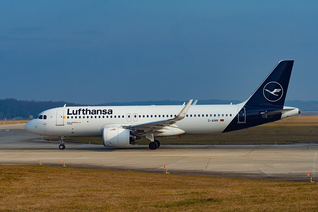 Lufthansa Airbus A320neo D AINM Freising on new livery colors