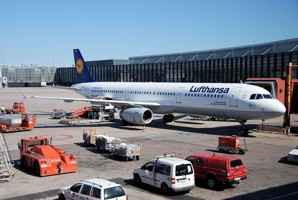 Lufthansa Airbus A321 131 D AIRH Garmisch Partenkirchen at Stockholm Arlanda Airport ARN