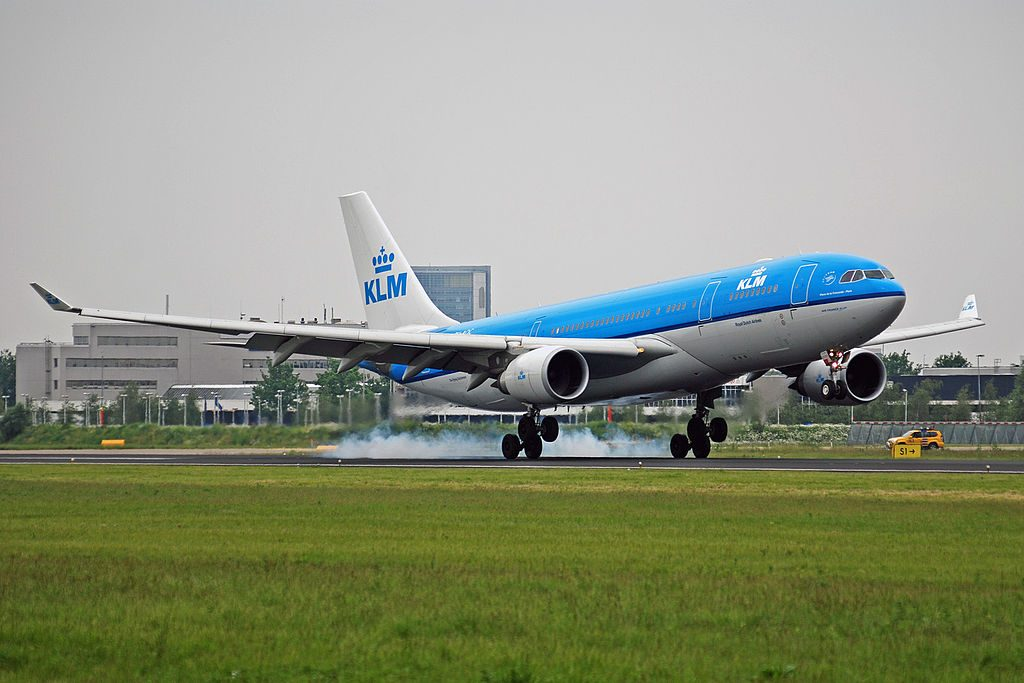 PH AOC Airbus A330 203 KLM Royal Dutch Airlines Place de la Concorde Paris landing at Amsterdam schiphol EHAM