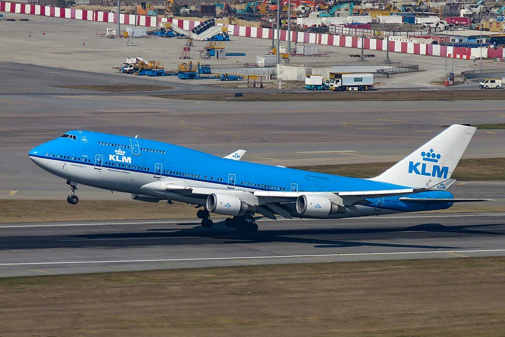PH BFS Boeing 747 400M KLM City of Seoul departing Hong Kong International Airport