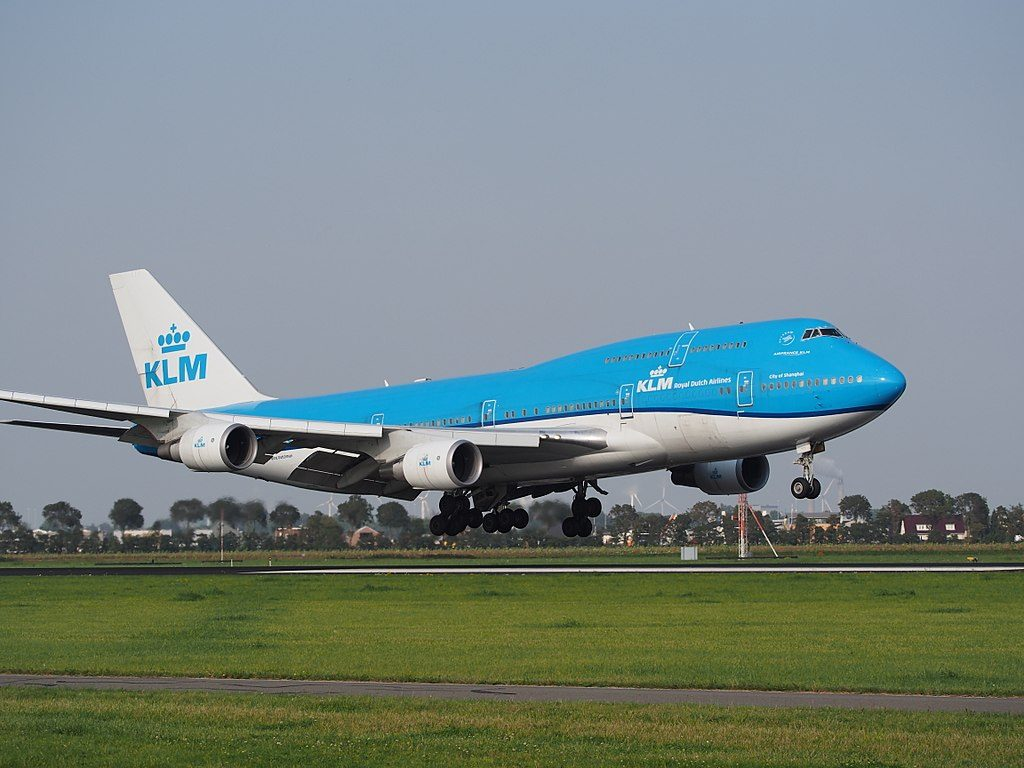 PH BFW KLM Royal Dutch Airlines Boeing 747 406M City of Shanghai landing on Schiphol