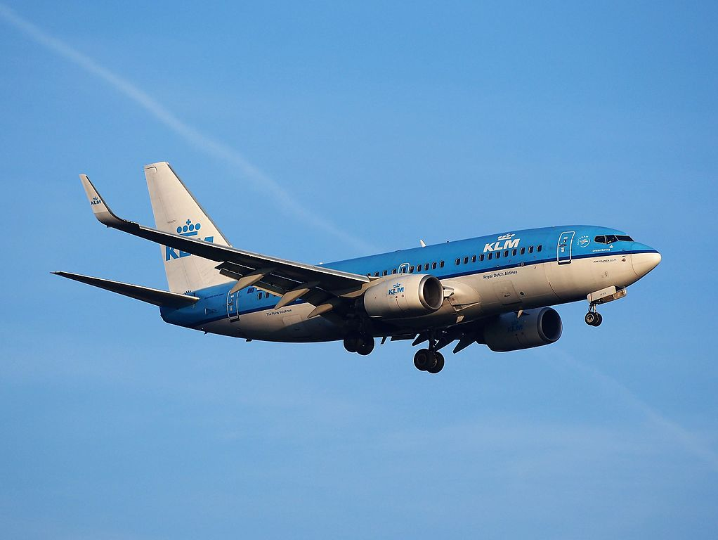 PH BGE KLM Royal Dutch Airlines Boeing 737 7K2WL Ortolaan Ortolan Bunting landing at Schiphol