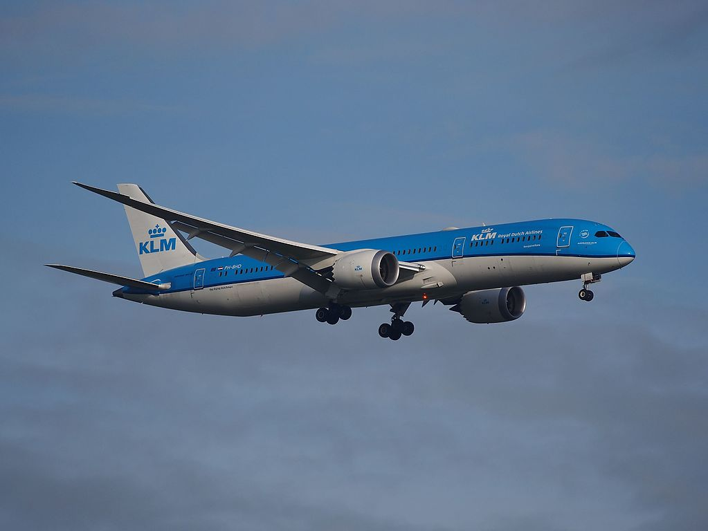PH BHD Boeing 787 9 Dreamliner KLM Bougainvillaea Bougainville on final at Schiphol runway 18R