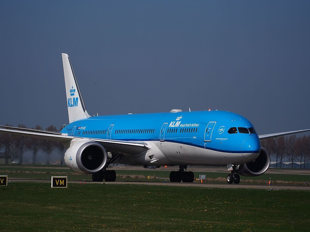 PH BHE KLM Royal Dutch Airlines Boeing 787 9 Dreamliner Dahlia at Schiphol