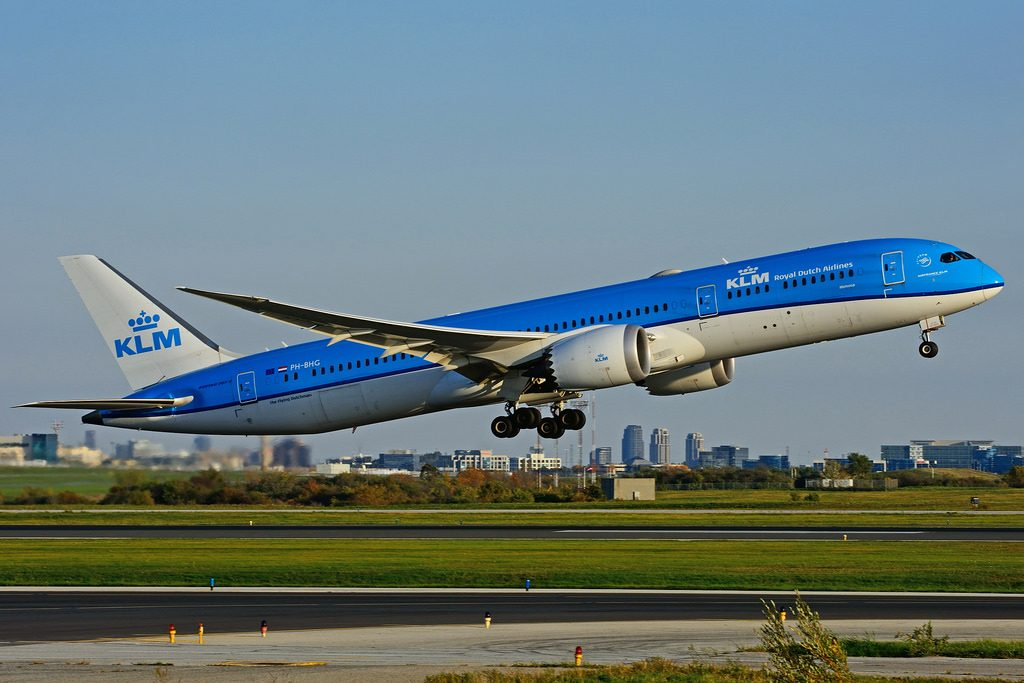PH BHG Boeing 787 9 Dreamliner KLM Mimosa leased from AerCap Holdings NV at Toronto Lester B. Pearson Airport YYZ