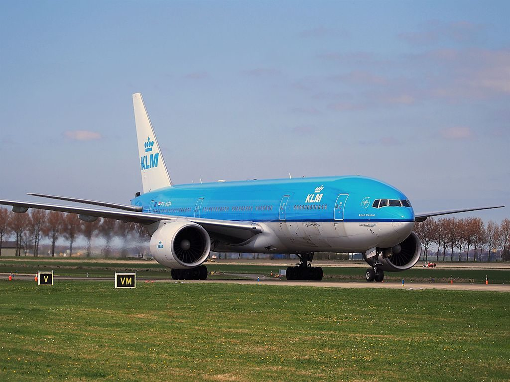 PH BQA KLM Royal Dutch Airlines Boeing 777 206ER Albert Plesman at Schiphol