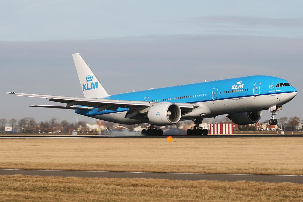 PH BQD KLM Royal Dutch Airlines Boeing 777 200ER Darjeeling Railway