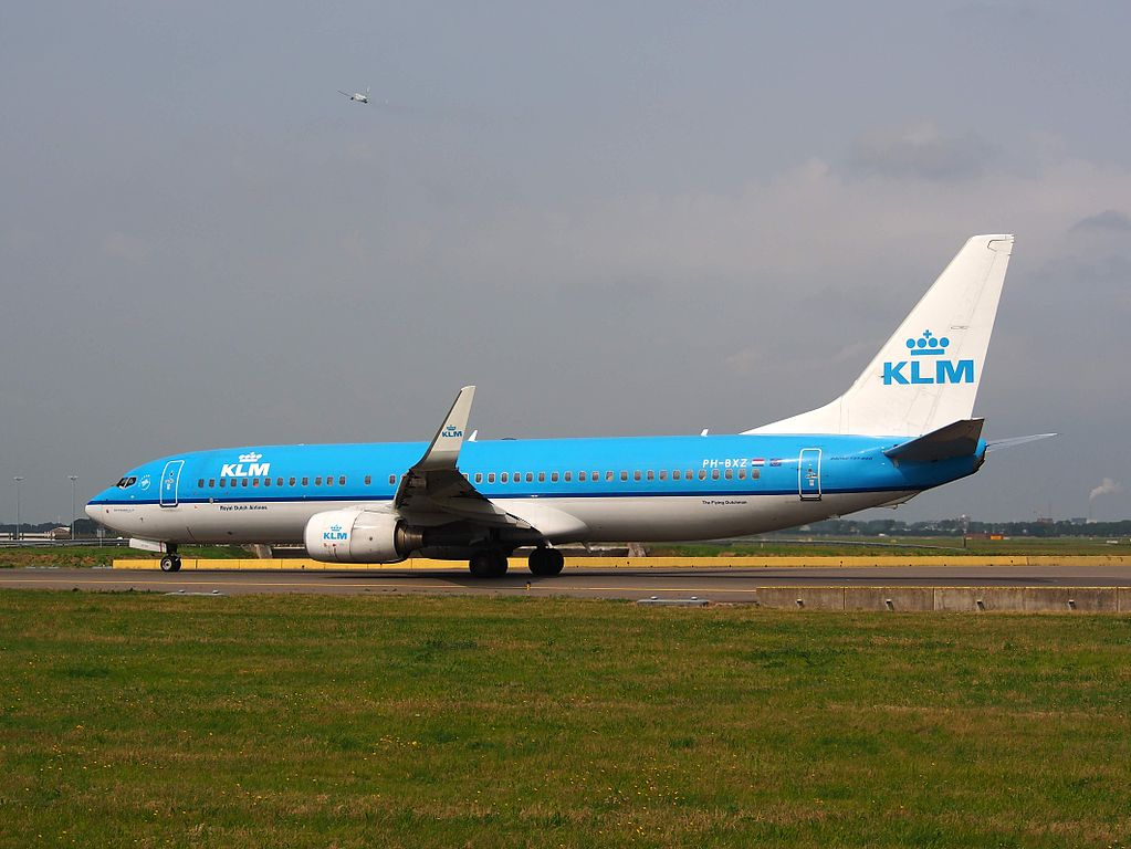 PH BXZ KLM Boeing 737 8K2 Uil Owl at Amsterdam schiphol