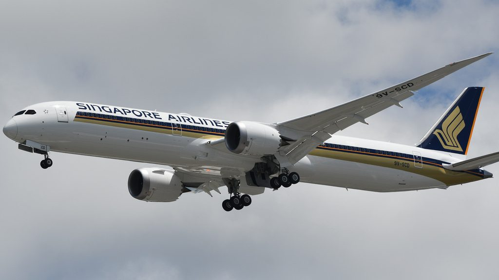 Singapore Airlines 9V SCD Boeing 787 10 Dreamliner Photos