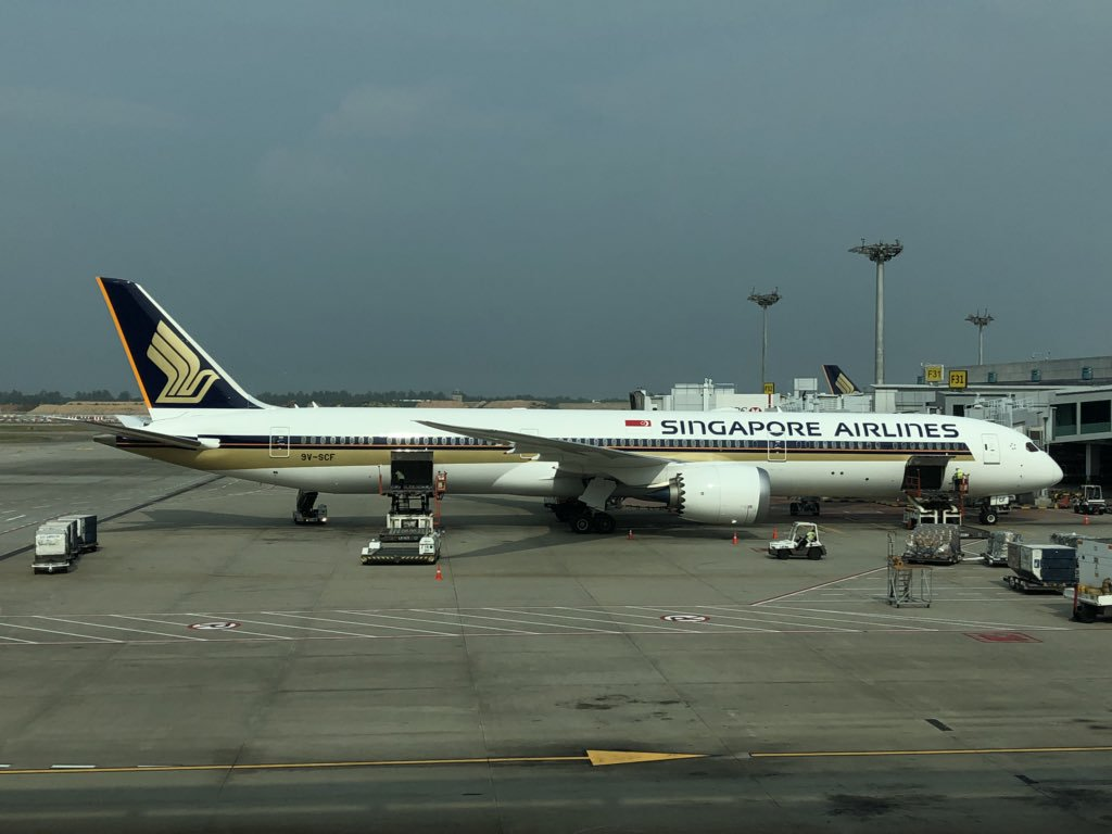 Singapore Airlines 9V SCF Boeing 787 10 Dreamliner Photos