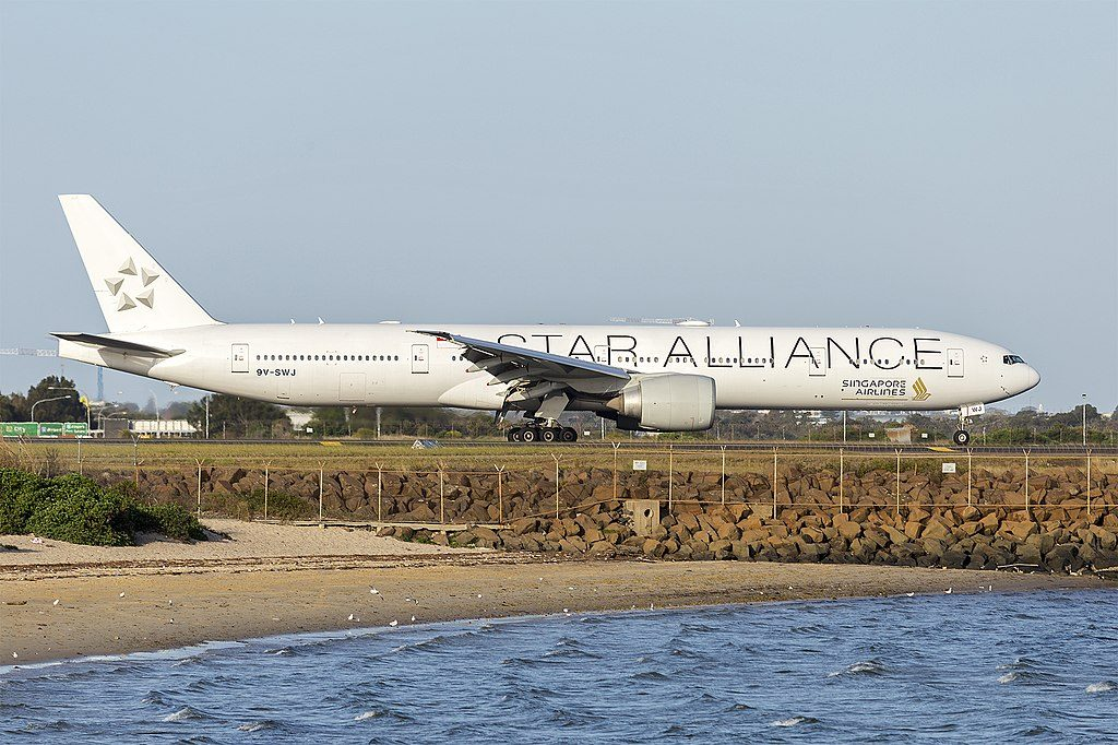 Singapore Airlines 9V SWJ Boeing 777 312ER Star Alliance Livery at Sydney Airport