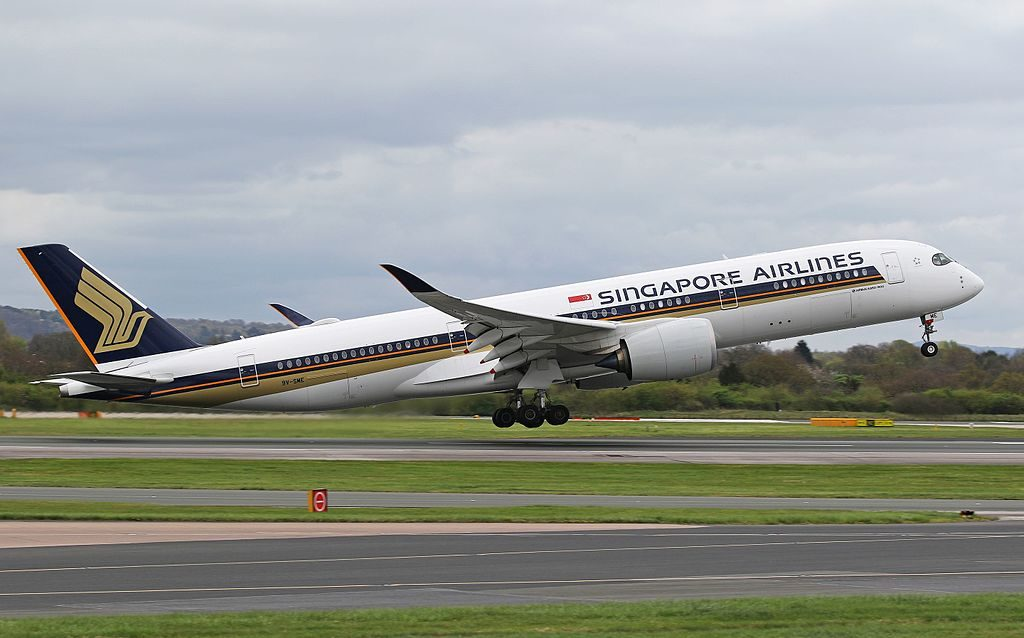 Singapore Airlines Airbus A350 941 9V SME at Manchester Airport