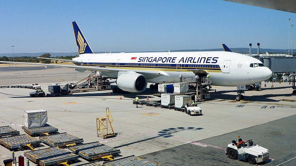 Singapore Airlines Boeing 777 212ER 9V SVE at Perth Airport Western Australia
