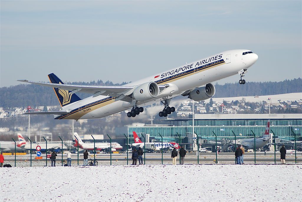 Singapore Airlines Boeing 777 300ER 9V SWG takeoff at Zurich International Airport ZRH