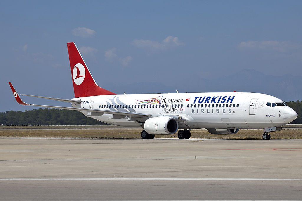 TC JGA Boeing 737 800 Turkish Airlines Malatya istanbul shoppinfest