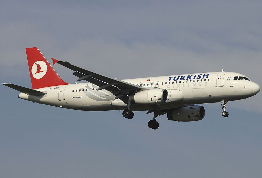 TC JPH Airbus A320 232 Kars Turkish Airlines at Rome Fiumicino Airport