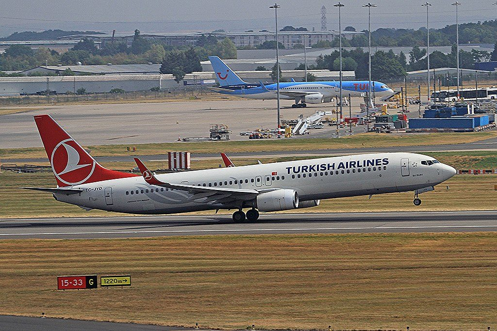 TC JYD Boeing 737 9F2ER Bayburt of Turkish Airlines at Birmingham Airport