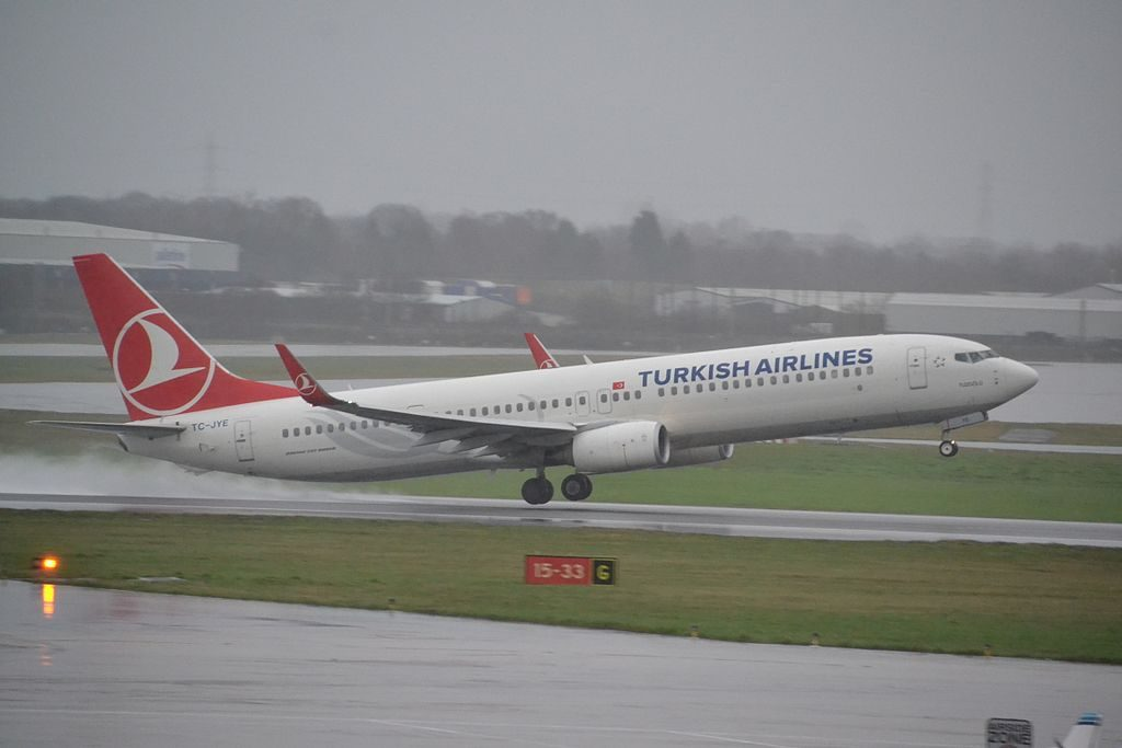 Turkish Airlines Boeing 737 9F2ERWL TC JYE Tuz Gölü at Birmingham Airport