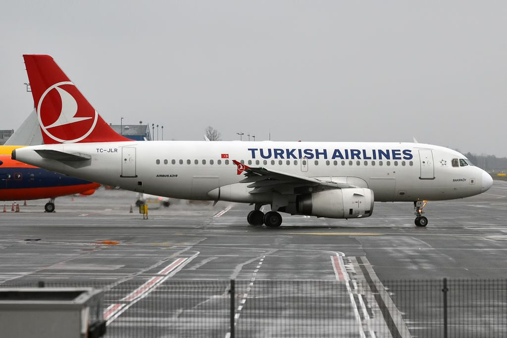 Turkish Airlines TC JLR Airbus A319 132 at Tallinn Airport