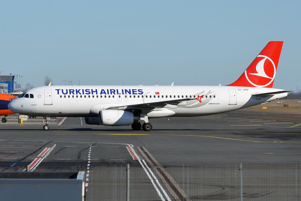 Turkish Airlines TC JPO Airbus A320 232 Çankırı at Tallinn Airport