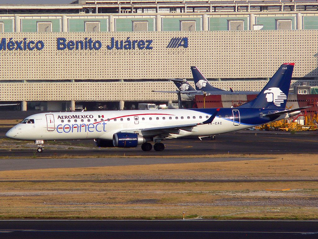 XA CAC Embraer ERJ 190LR Aeromexico Connect at Mexico City Airport