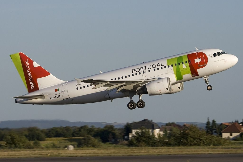 Airbus A319 111 TAP Portugal CS TTM Alexandre Herculano at Luxembourg Findel International Airport