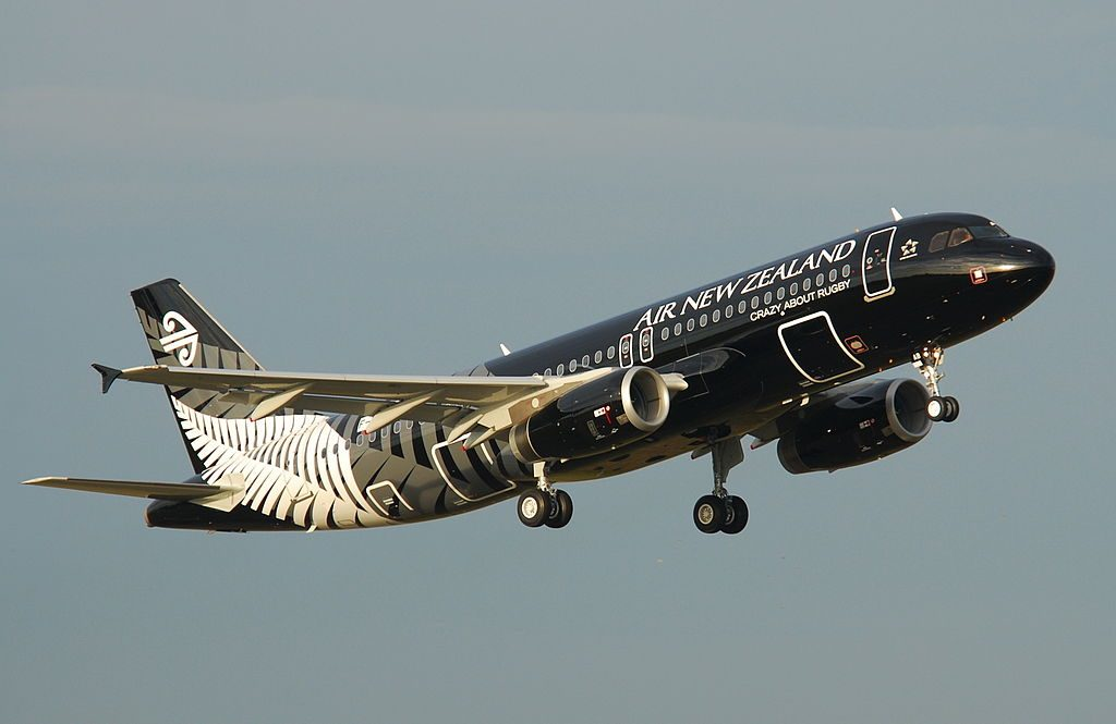 Airbus A320 200 Air New Zealand ZK OAB All blacks at Toulouse Blagnac International Airport