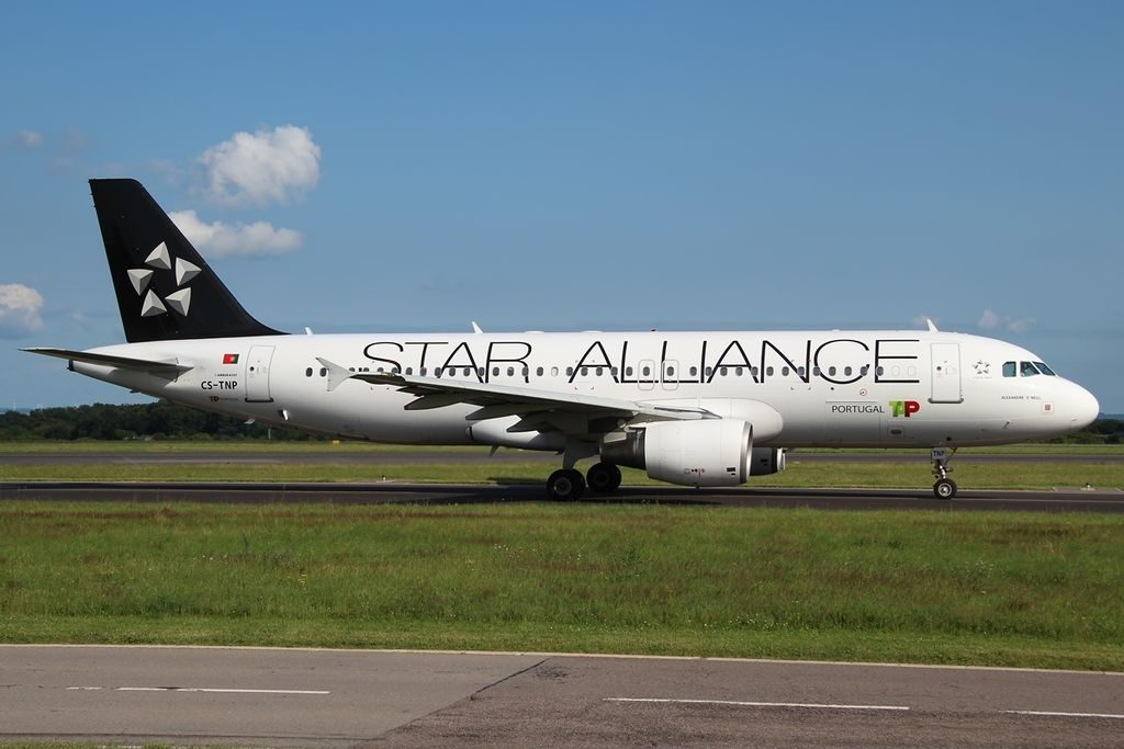 Airbus A320 214 TAP Portugal Star Alliance Livery CS TNP Alexandre O'Neill at Luxembourg Findel International Airport