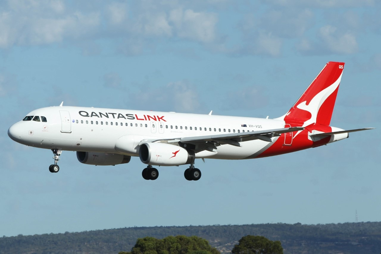Airbus A320 232 QantasLink VH VQS Kangaroo Paw