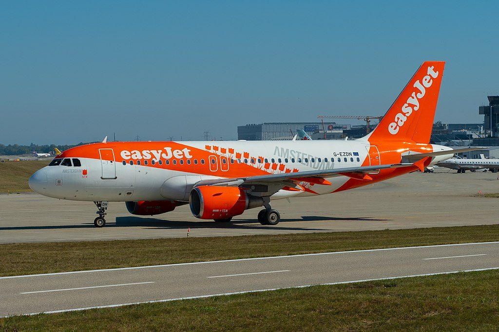 Amsterdam G EZDN Airbus A319 111 easyJet at Geneva International Airport