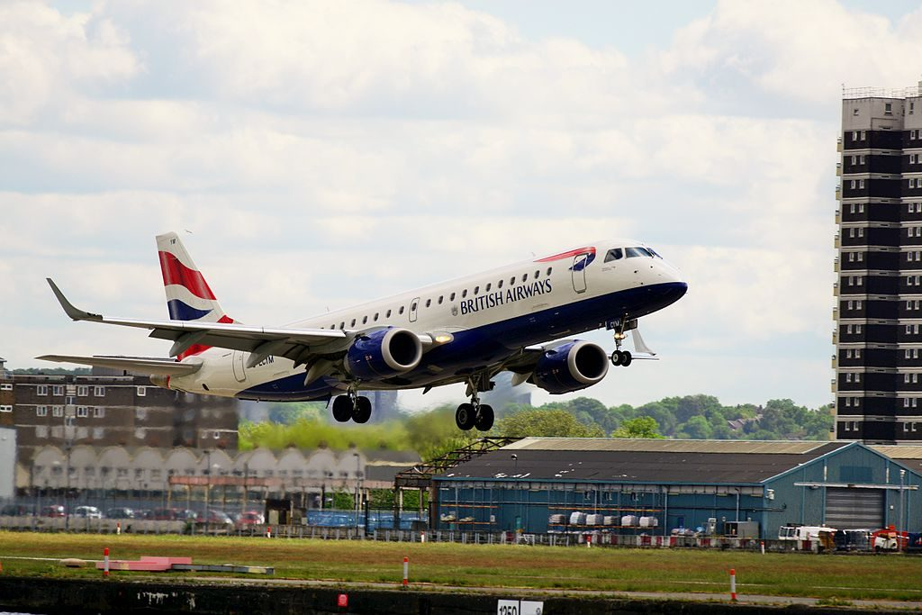 BA CityFlyer G LCYM Embraer 190 Takeoff at London City Airport