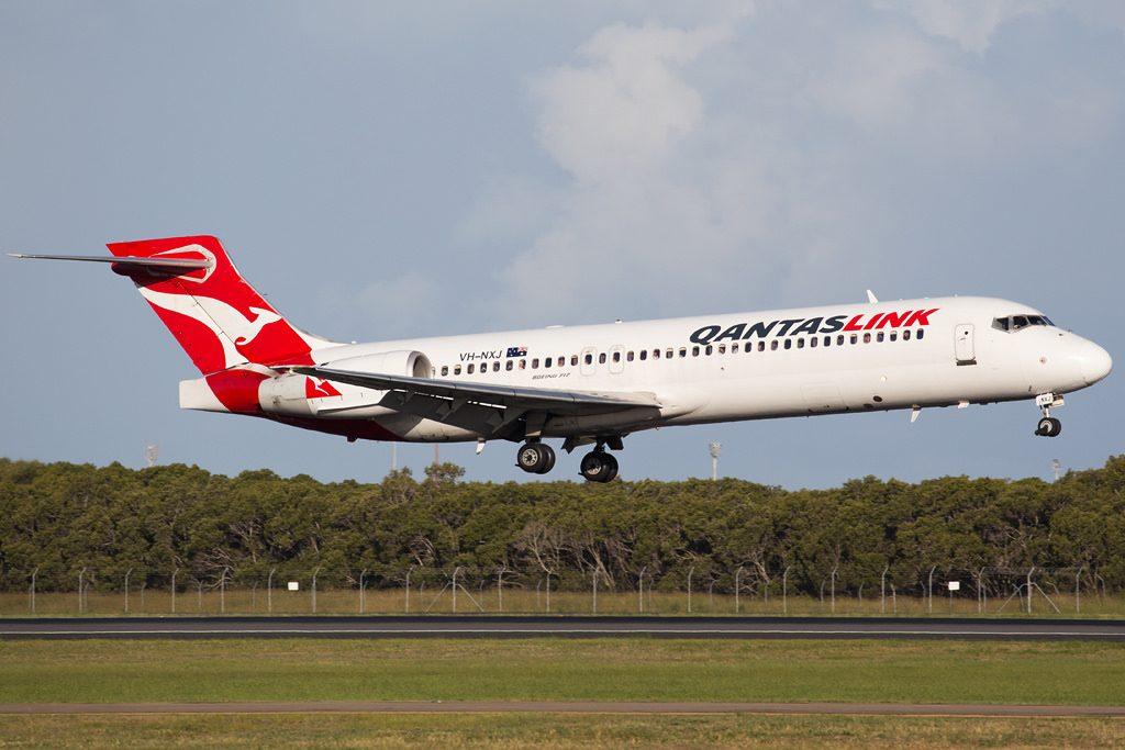 Boeing 717 2BL QantasLink VH NXJ at Brisbane Airport