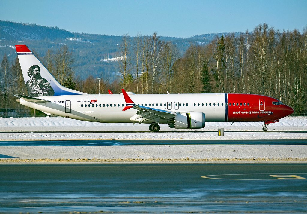 Boeing 737 MAX 8 Norwegian LN BKD Marco Polo