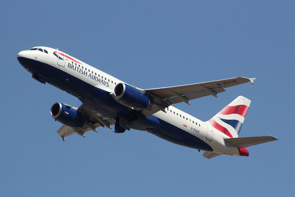 British Airways G EUUE Airbus A320 232 at Heathrow