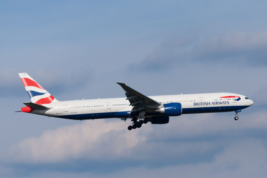 British Airways G STBA Boeing 777 36NER arriving at Heathrow