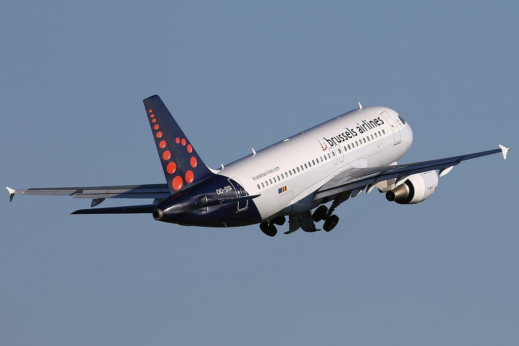 Brussels Airlines Airbus A319 112 OO SSI departing Brussels Airport