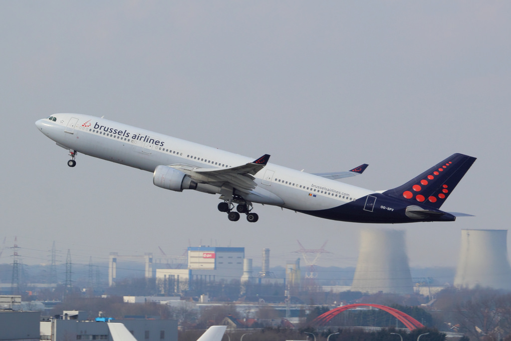 Brussels Airlines Airbus A330 322 OO SFV Brussels Airport