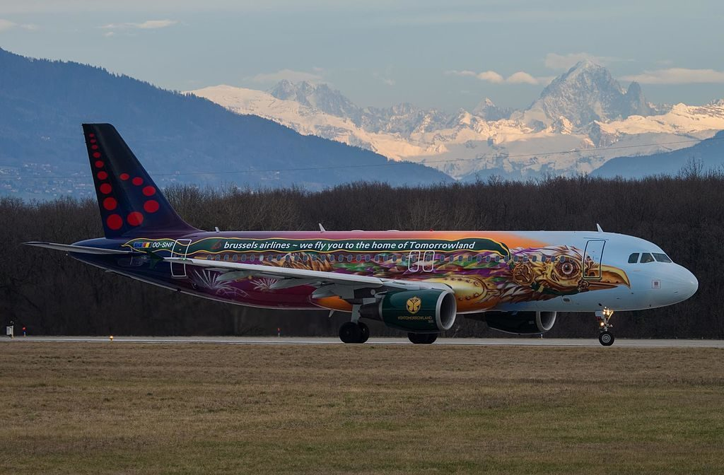 Brussels Airlines OO SNF Airbus A320 214 Tomorrowland Livery at Geneva International Airport