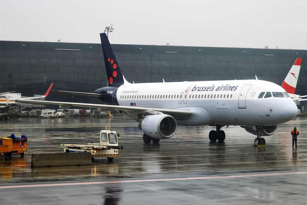 Brussels Airlines OO SNG Airbus A320 214 at Vienna International Airport