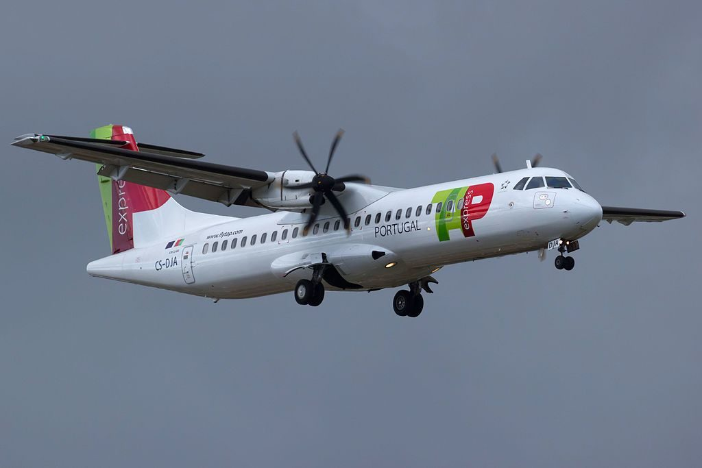 CS DJA ATR 72 600 Aveiro of TAP Express White Airways at Lisbon Portela Airport