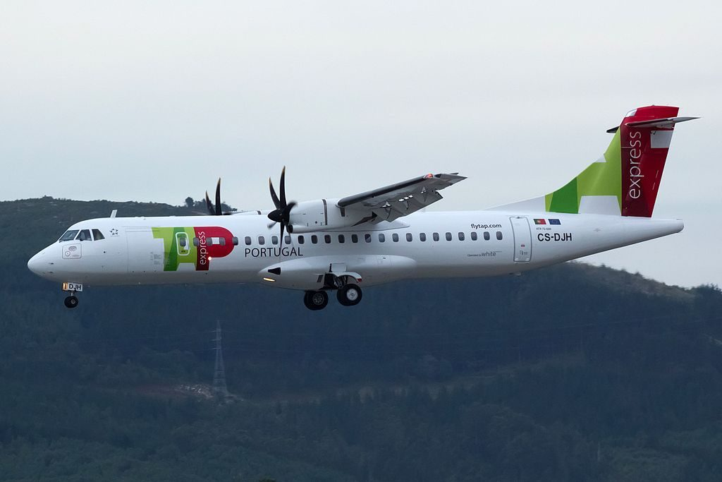 CS DJH ATR 72 600 Portalegre of TAP Express White Airways at Vigo Airport