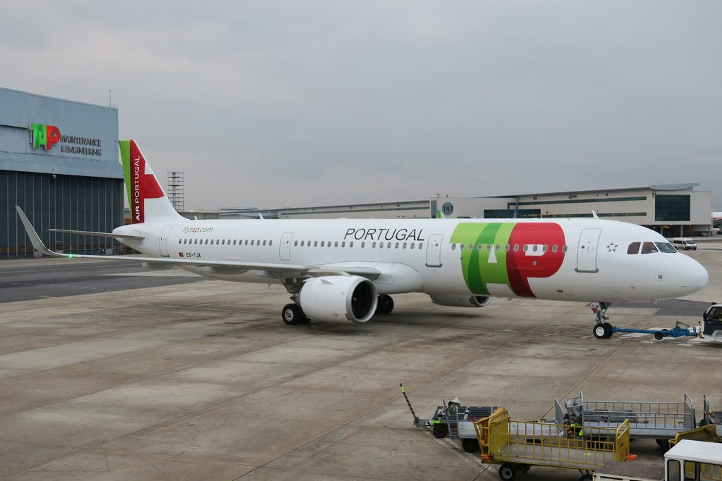 CS TJK TAP Air Portugal Airbus A321 251NSL Eugénio de Andrade at Lisbon Airport
